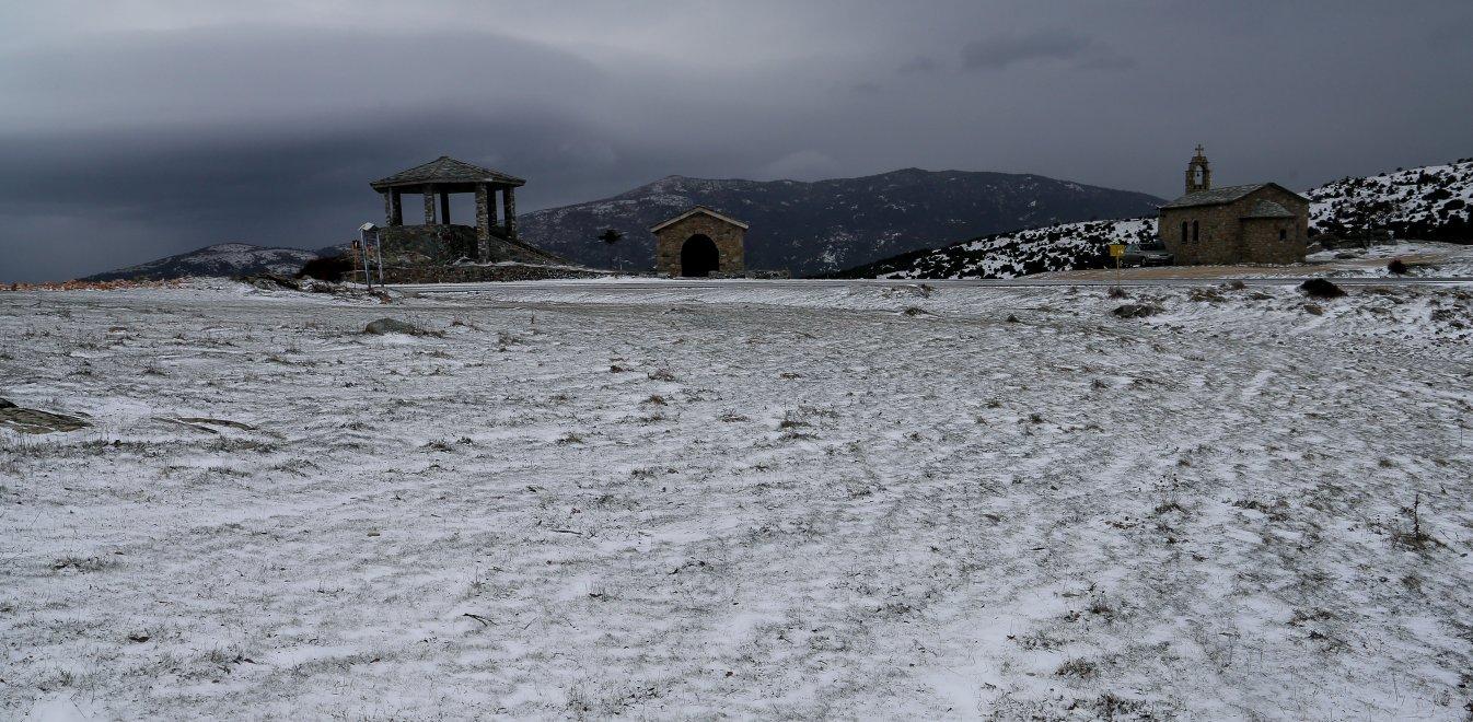 Ηφαιστίων: Χιόνια και πολικές θερμοκρασίες - Η πρόβλεψη του Κλέαρχου Μαρουσάκη