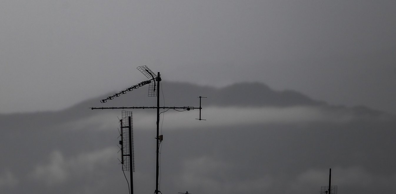 Καιρός: «Κόβεται» στα δύο το βράδυ η χώρα - Πού αναμένονται ισχυρές βροχές