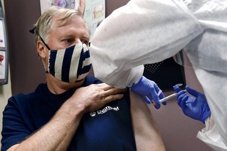 Ρωσία: Μαζικός εμβολιασμός για τον κορονοϊό τον Οκτώβριο